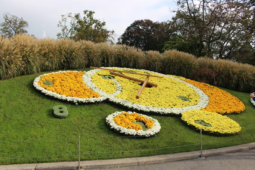 geneve-flower-clock